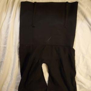 Black ribbed shapewear